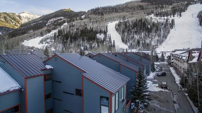 Photo for The perfect ski getaway--across from Lift7 and walking distance to restaurants