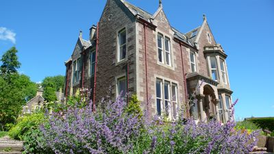 Photo for Elegant Victorian self catering flat (5 people) in Crieff, the heart of Scotland