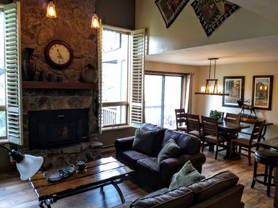 Newly remodeled (May 2019) living and dining area