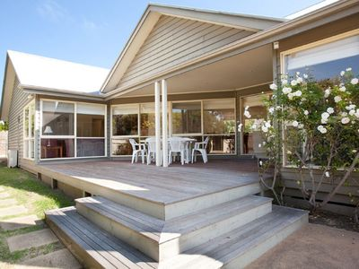 Photo for Family Friendly in Portsea - Walking distance to Shelley Beach