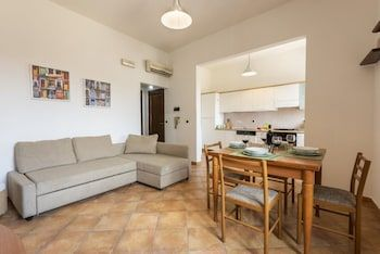 Photo for Eolo Apartment - Near Basilica of Santa Croce