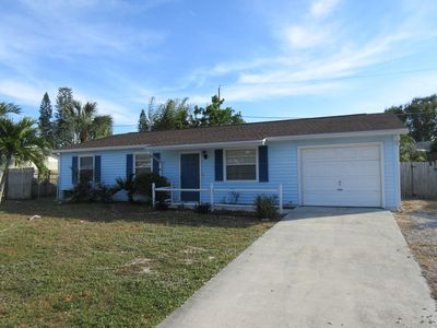Photo for 3 Bedroom Pool Home Close To Beaches And Shopping.