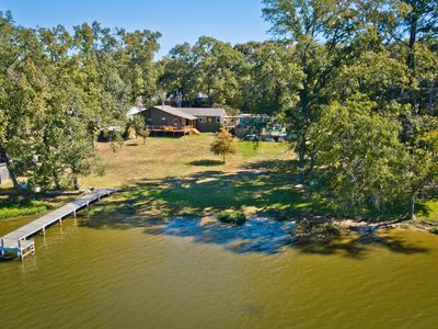 Photo for Relaxing Lake Getaway On The Best Kept Secret Family Friendly Lake In Texas