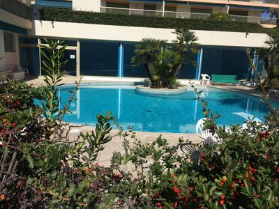 Photo for Charming 2 bed apartment - outdoor & heated indoor pool -see special offers