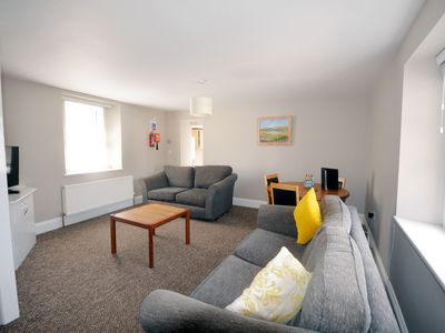 Photo for Perfect location for 2 bed 2 bath ground floor apartment(12)
