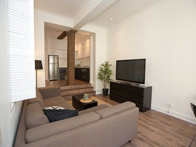 Photo for Stylish one bedroom apartment available - Abercrombie Street