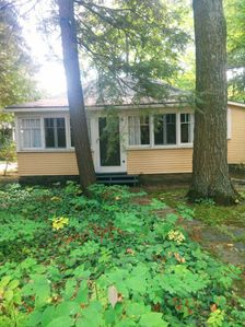 Photo for Canadiana Cottage in Quiet Community