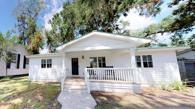 Photo for Charming 3 Bedroom, 2 Bath Home in the Heart of Beaufort