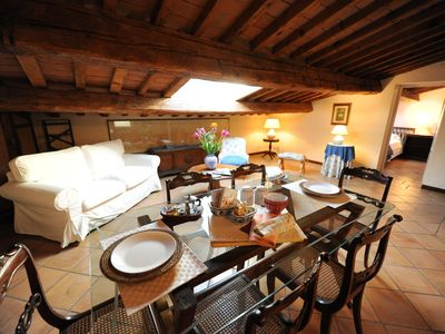 Photo for Spacious Panse apartment in San Marco with WiFi, integrated air conditioning & lift.