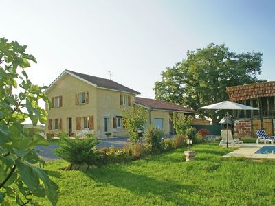 Photo for Spacious, detached holiday home with beautiful private swimming pool in peaceful, southern France