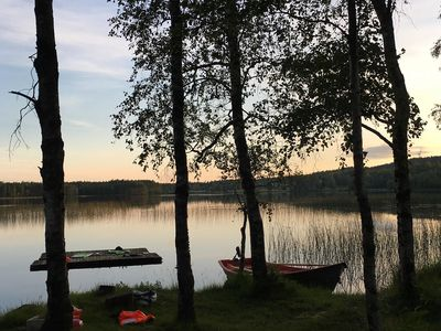 Photo for Lake cottage by lake