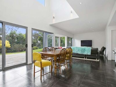 Photo for Stunning three bedroom holiday home in tranquil beach side setting.