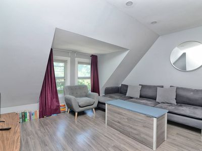 Photo for 3 Bedroom Leslieville Flat With Roof Terrace