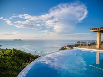 Photo for Mansion João Fernandes with magnificent view of the sea.