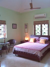 """Fernlodge"" .A Home-stay with 3 studios in lush gardens,pool & scenic views - Fern Whisper (Studio, Sleeps 2)"