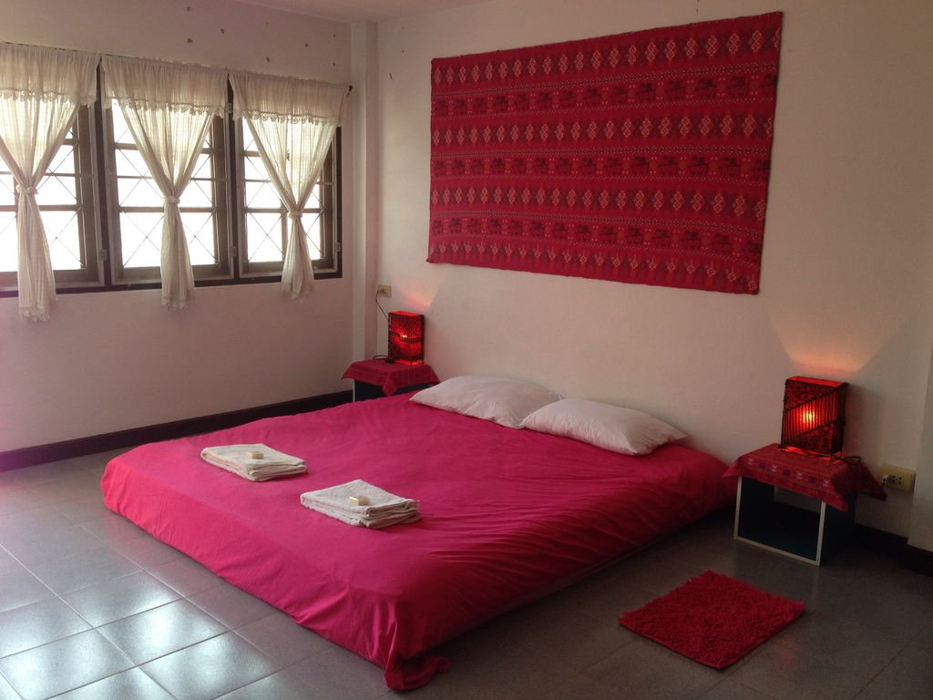 Picture of: Bedroom On A Private Floor With A King Size Bed And Ensuite Bathroom Sri Phum