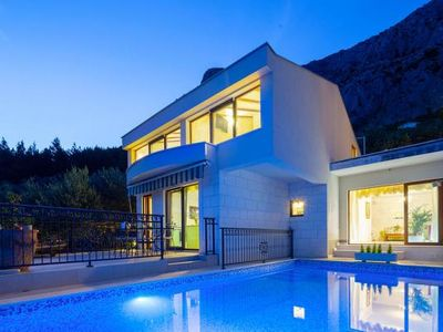 Photo for Villa Amare, Makarska  in Mitteldalmatien - 6 persons, 3 bedrooms
