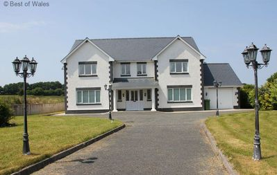 Photo for 4BR House Vacation Rental in Llandysul, New Quay
