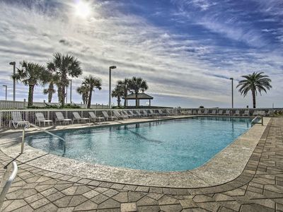 Photo for Orange Beach Condo on Gulf w/ Resort Amenities!