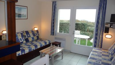 Photo for 2 roomed apartment for 4 to 5pers, ground garden, stunning sea views, à150m Beach