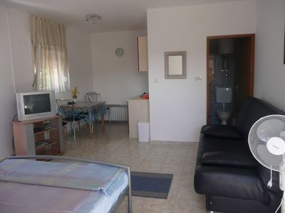 Photo for 1BR Apartment Vacation Rental in Barbat na Rabu