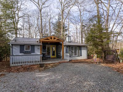 Photo for Carefree Cottage - Linville Land Harbor, fenced in yard, pet friendly