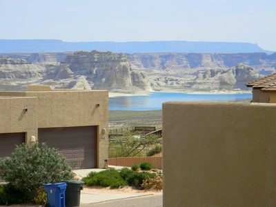 Photo for Plush, Large 3 BR Lake Powell Vacation Home near Marina & Views of the Lake