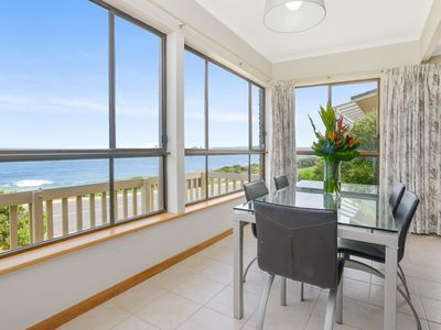 Photo for Boomer - Sensational Sea Views Right on Boomer Beach's Doorstep