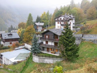 Photo for Apartment Chalet Coup d'Coeur (VOU130) in Valtournenche - 4 persons, 2 bedrooms