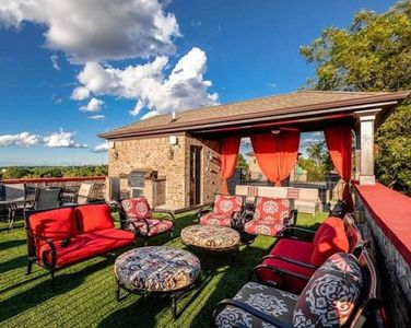 Photo for Rooftop with Breathtaking Skyline Views! Best Location, Elevator and More!
