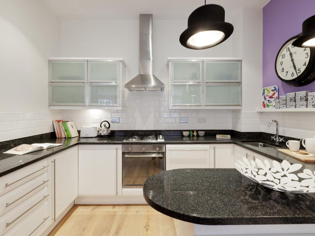 James Street - luxury 2 bedrooms serviced apartment - Travel Keys