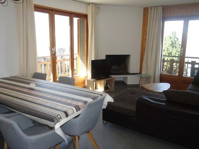 Photo for Comfortable 3* fully renovated, 2-bedroom-apartment for 4-6 people located at 700m from the skilift