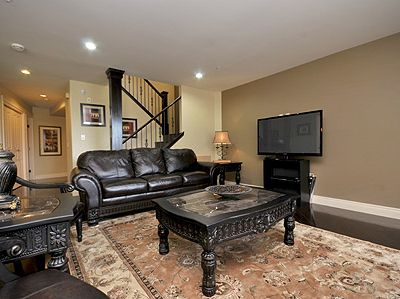 Photo for Luxurious Victoria Inner Harbour Executive 3 Bedroom Townhouse