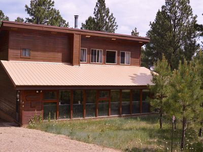 Angel Fire Vacation Rental Pet Friendly Cozy light bright Home
