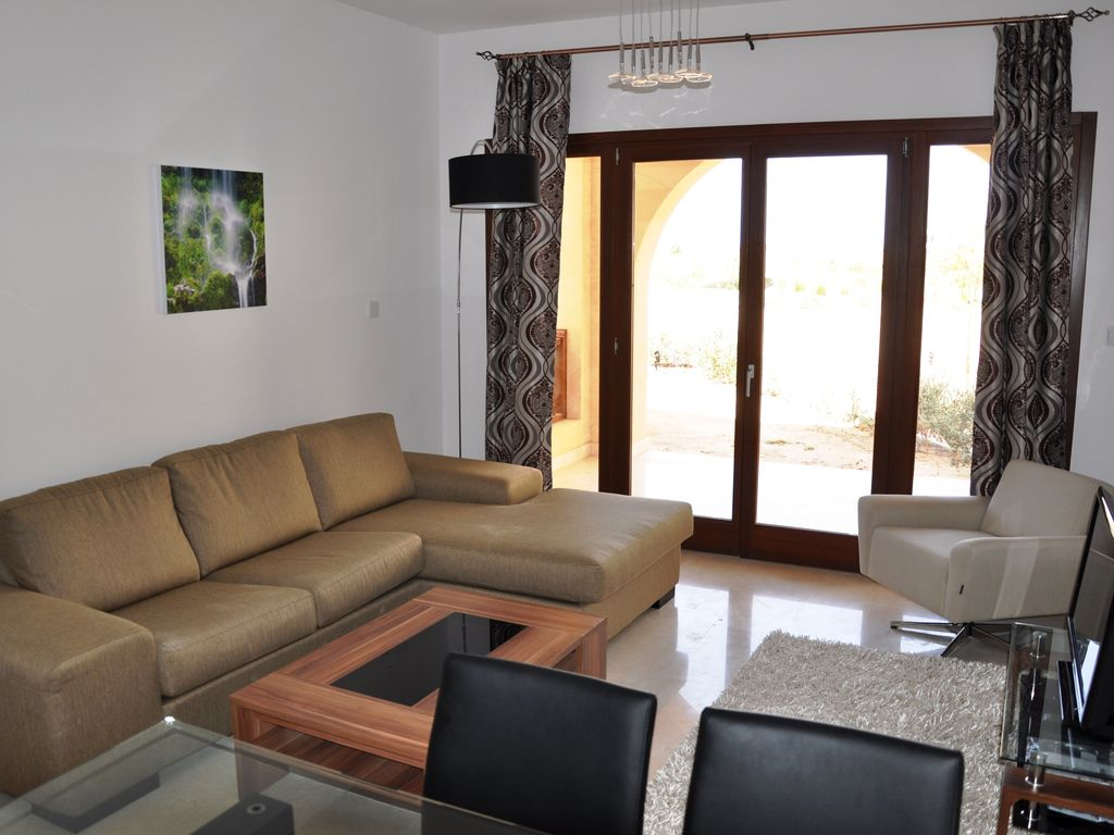 Well appointed new holiday apartment with two bedrooms for up to 4 people Photo 1