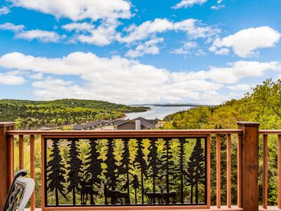 Photo for Private home with GORGEOUS  TABLE ROCK LAKE views, PRIVATE HOT TUB,  Theater Rm