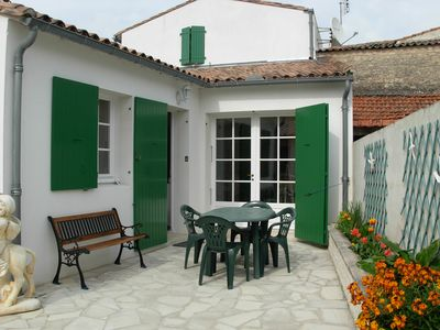 Photo for New and nice Rethaise house, large enclose backyard, self-catering