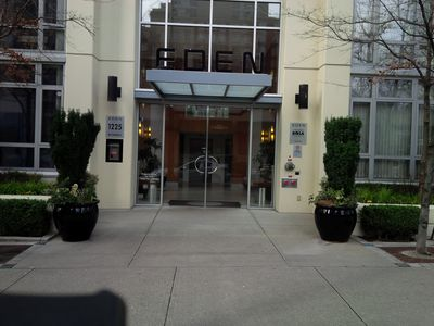 Photo for Yaletown Condo Longstay