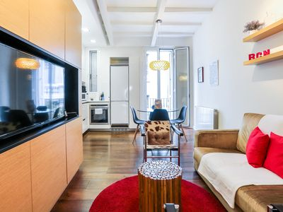 Photo for Stylish 2bed in the heart of Gràcia