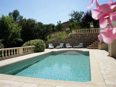 Photo for Beautiful holiday villa in a private area of Haut Var