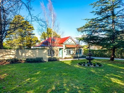 Photo for 4BR House Vacation Rental in Wentworth Falls, NSW