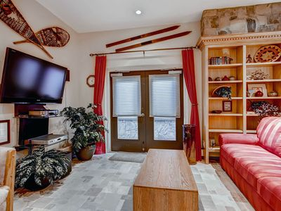 Photo for Escape to Vail! Ski-in/Ski-out 1 Bedroom Condo, Pool, Hot Tub, Sleeps 2