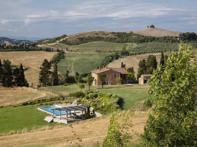Photo for Villa Campera is a luxury country villa in Tuscany with private pool, 5 debrooms sleeps up to 10 peo