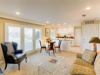 Photo for 1BR/1BA Condo w/ Patio, Pool & Resort Amenities - Near Downtown & Wineries