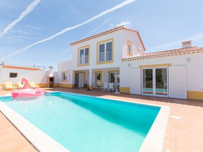 "Photo for ""Holiday home"" Vacations House in ALGARVE"