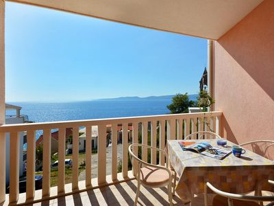 Photo for One bedroom apartment with terrace and sea view Pisak, Omiš (A-7521-c)