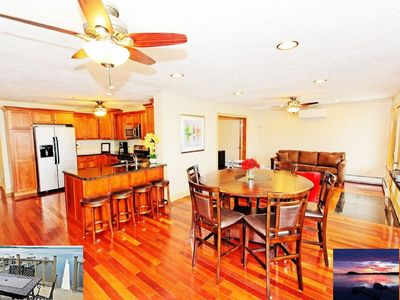 Gorgeous lakefront property w/ large deck overlooking the lake -grill & relax!