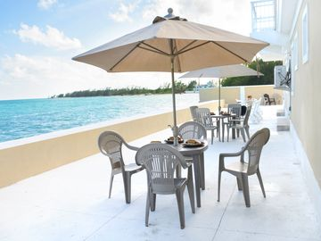 Oceanfront Escape in Eastern Nassau!