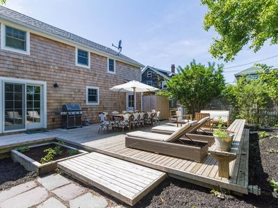 Photo for Gorgeous interior renovated dog-friendly home with beautiful garden & more