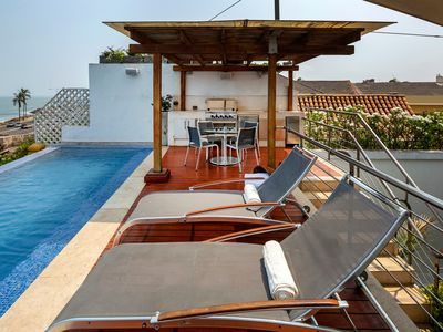 Photo for Car010-House with pool in the Center of Cartagena